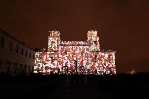 11-sowat-sowat-mapping-the-la-villa-villa-medicis-a-locasion-des-350-ans-de-lafr-projection-par-spectaculaire-custom