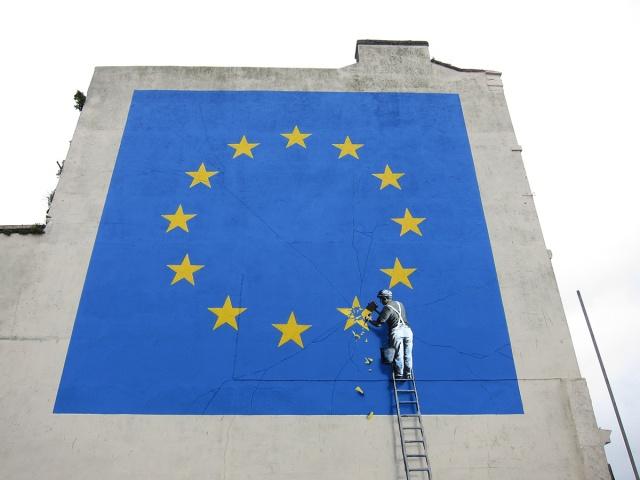 Banksy Dover.jpg